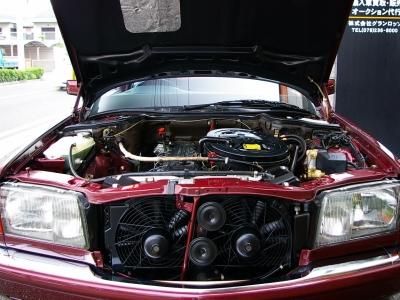 ★定評のある直列6気筒エンジンは、そのスムーズな吹け上がりが気持ちいいフィーリングです♪ ★8.5万キロ時にデスビキャップ&ローター、リブベルトテンショナー、プラグ&プラグコード交換履歴あり♪