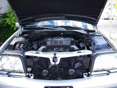 ★名機M119型の5リッターDOHCのV8エンジン搭載♪ ★最大出力320psと最大トルク48.0kg・m(共にカタログ値)を発揮し、重量級のボディをものともしない豪快な加速とスピードの伸びを披露します♪