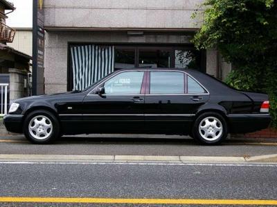 ★フルサイズながら、右ハンドル&そのステアリングのキレの良さで運転も思いのほか楽々です♪ ★日本全国ご納車致しますので、遠方のお客様もどうぞお気軽にお問い合わせ下さい♪♪♪