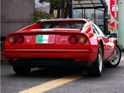 ★全長4255mm×全幅1730mm×全高1128mmは、大きくなり過ぎた現代のスポーツカーと比較すると、とてもコンパクトなボディサイズです。
