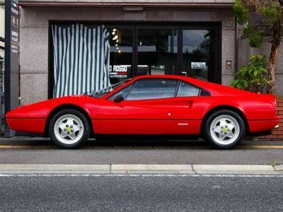 ★フェラーリ伝統の名車「206GT」、「365GTB4/デイトナ」、「365GT4BB」、「288GTO」、「F40」などのデザインを手掛けたレオナルド・フィオラヴァンティ氏の傑作デザインのひとつ♪♪