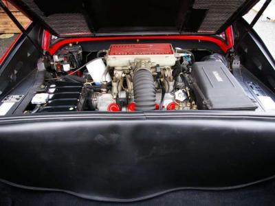★本国スペック(F105C型)の3.2リッターV8エンジンは出力270馬力(カタログ値)/7000rpmとトルク(カタログ値)31.0kg / 5500rpmを発揮。 ★US、日本仕様とは違う一段とパワフルな味付けが魅力です!!