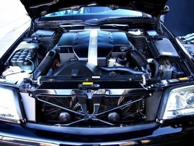 ★最大出力224psと最大トルク32.1kg・m(共にカタログ値)を発揮するV型6気筒エンジン搭載。そのエンジン重量の軽さはノーズの回頭性の良さにも貢献、スムーズなハンドリングを実現しています♪