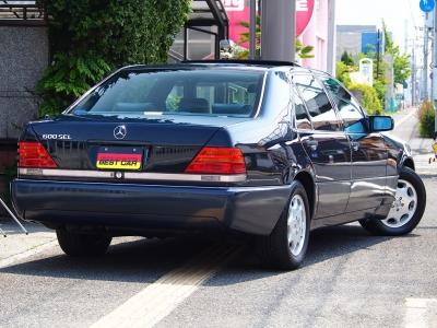 ★工業製品でありながら乗る者を癒し、そして感動させてくれる存在である最上級グレードの「600」。 一生モノの名車です♪