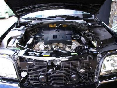 ★名機M119型の5リッターDOHCのV8エンジン搭載♪ ★最大出力320psと最大トルク48.0kg・m(カタログ値)を発揮し、重量級ボディを豪快に加速させる実力を披露します♪ ★燃料ポンプ&フィルター新品交換済♪