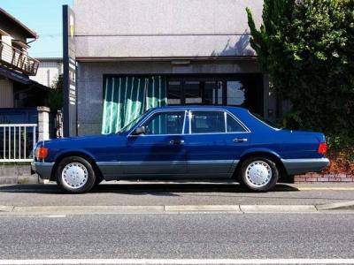 ★コレクターズアイテムの絶版名車W126を是非貴方の「お宝」にして下さい♪ ★遊べる!楽しむ!!感動する!!! 「最善か無か」を追求していた頃のメルセデスは素晴らしい魅力がいっぱい♪