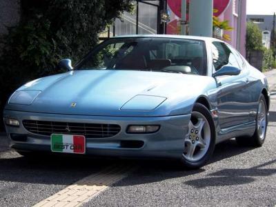 ★「デイトナ」と呼ばれた365GTB/4以来、実質的に絶えて久しかったフロントエンジン フェラーリの復活を告げることになったモデル♪ ★ピニンファリーナデザインの美しいファストバックスタイルです♪