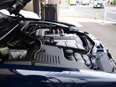 ★定評のある3.2リットルの直列6気筒DOHCエンジン搭載です♪ ★整備性も良く、タフなエンジンです。軽快なツインカムサウンド&十分なパワーでなめらかな走りを堪能できます♪