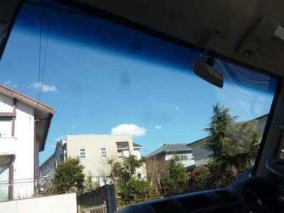 なんと!フロントガラスには断熱ガラスのクールベールが!!夏は助かりますよ!