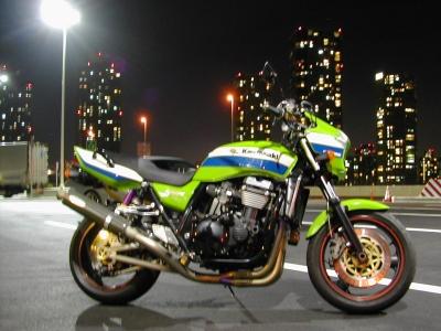 ���掠�� ZRX1100