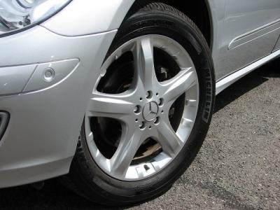 ★19インチアルミホイールもキレイなコンディション!タイヤはミシュラン製!!★