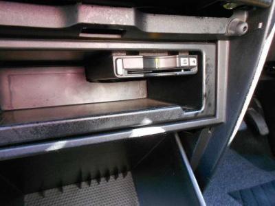 ☆ETC付いてます!!収納もタップリあります!便利ですね!!内装はキレイですが、納車前にさらにクリーニング施工いたします!
