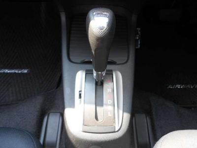 ☆入庫の際にスタッフが入念にチェックし自社基準を満たしたお車のみ展示しております!だからこそできる全車無料保証付!納車後も安心です!