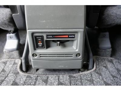 寒冷地仕様車&リアヒーター付!寒い時期には、とても助かる装備ですよ!