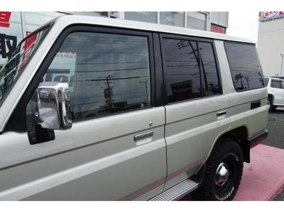 左側面の状態も良いです&日本自動車鑑定協会による鑑定においても、外装5点満点付いています!