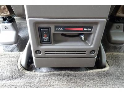 寒冷地仕様車&リアヒーター付!寒冷時には、とても助かる装備ですよ!