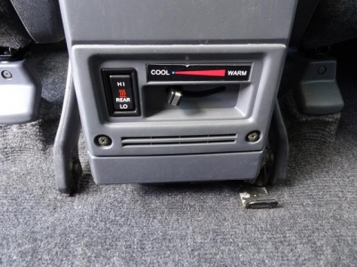 寒冷地仕様車&リアヒーター付!寒い時期には、とても助かる装備です!