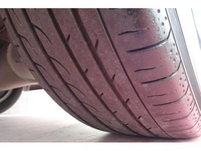 タイヤの山もまだありますので、安心です!高いパーツになりますので、ご検討の際には重要な要素かと思います!