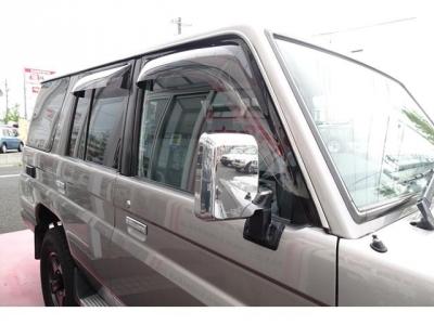 人気の純正ナローボディ&4ナンバー登録車!ナロー仕様ではありませんので、ご安心ください!右側面の状態もキレイです!