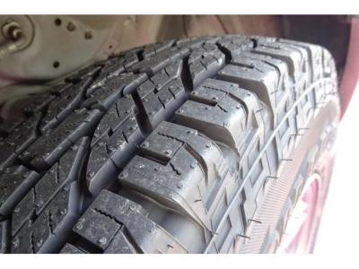 タイヤ4本新品交換済です!高いパーツになりますので、ご検討の際には重要な要素かと思います!