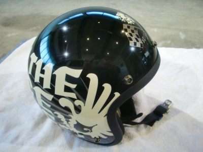 ヘルメットガラスコーティング施工!