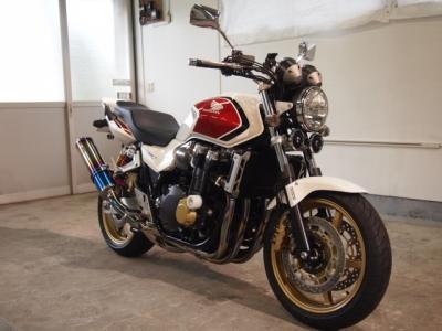 ホンダCB1300スーパーフォアCR−1バイクコーティング施工!