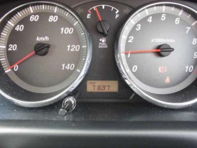 走行距離7.2万キロです!整備が行き届いたアヴィです