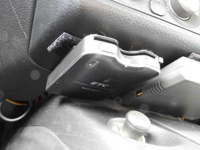 ワンオ-ナ- Defi追加メ-タ-×4 社外マフラ-17インチAWナビTV HID ETCワンオーナーのエボ8!!嬉しいナビ、ETC、追加メーター!!タイミングベルトも交換済でファーストカーに!!