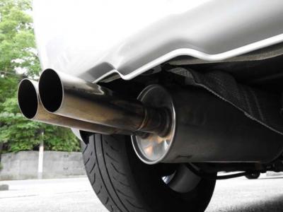 フロント社外車庫調 リアオーリンズショック社外サス 新車保証書、取説あり社外エアクリーナー モモステ ケンウッドCDコンポ