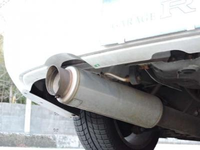 Defi追加メ-タ- 車高調 5次元マフラ- ナビ ETC HID HKS EVC 社外タワ-バ-低走行でワンオ-ナ-のGDB!!程度も良くベースに最適!! 追加でボディコーティングもおススメです