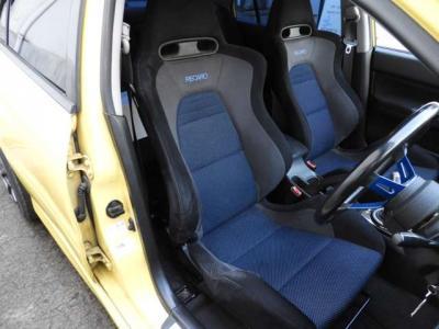 ハイフロ-タ-ビン 車高調 エアクリ マフラ- varisボンネット Defi追加メ-タ-LEDテ-ル momoステアリング カ-ボンリップスポイラ- http://www.misato-garage-r.com/
