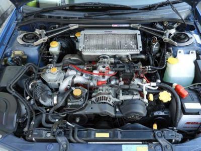 限定2,000台 オ-リンズ車高調 フジツボマフラ- ル-フベンチレ-タ DCCD付き エアコン、パワ-ウィンド、集中ドアロック、専用シ-ト、専用メ-タ-、クイックステアリングを装備した限定車