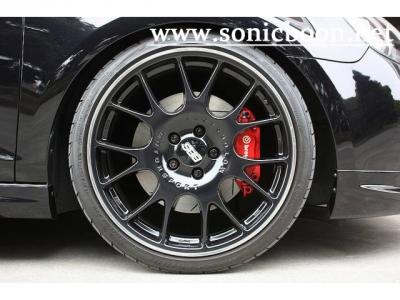 ブレンボ GT-KITリミテッド4ポットキャリパー