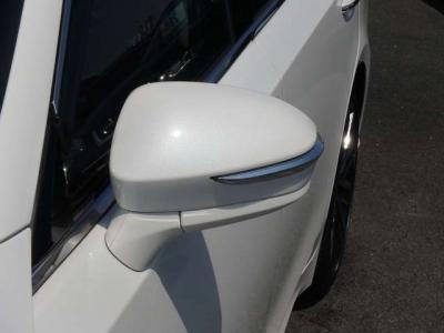 トヨタ・日産のメーカー認定整備士、国家資格整備士による全車点検整備渡し、アフターサービスも品質の高いサービスで安心です。