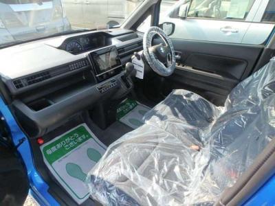 12ヶ月点検整備いたします。さらに当社の九州運輸局指定車検工場にて消耗品(オイル・ベルト類等)を必要に応じて点検・交換を行い、安心してお乗りいただける状態で納車いたします。