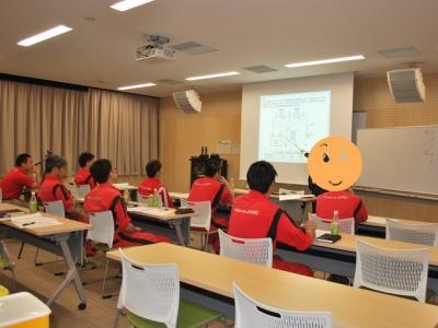 技術力アップのため、勉強会を開きました。