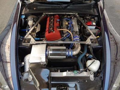 エンジンミッション強化マウント装着。トルクダンパー。BMCインテークチャンバー。アルミ3層グレッディ。クーリングパネル他。店頭で確認してください。
