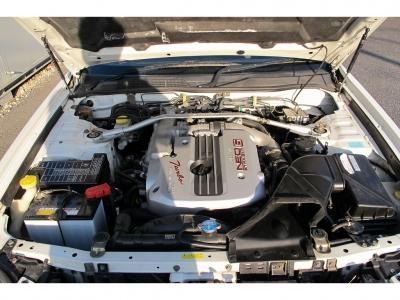 NEO6RB25ターボエンジン280ps(206kW)/6400rpm   最大トルク 35.0kg・m(343N・m)/3200rpm をお楽しみください。