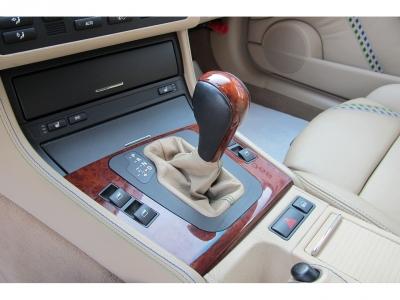メーカーカタログ引用エンジン出力315PSのアルピナB3Sクーペご家族でお楽しみください。チューナーアルピナの快適な走りをあなたに!!