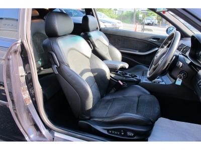 運転席、助手席共にパワーシート、になります。高級感あるBMWM3、走りも気持ちの良い1台です。納車整備にはテスター診断から各整備を行いますので、ぜひM3をご検討ください。