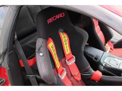 社外HIDライト装着、各オプションパーツ多数装着済み、1オーナー車、取説、記録、スペアキー完備車両です。名機トヨタ2Jターボエンジンを純正ゲトラグ6MTで楽しんでください。