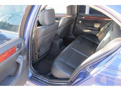 内外装共に上質なアルピナB3Sリムジンが入庫しました。お探しのお客様には必見の車両、状態も整備記録ありのお車になります。ぜひお早目にお問い合わせください。