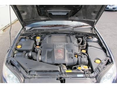 メーカーカタログ引用、水平対向4気筒DOHC16バルブターボ280PSを6速MTで楽しんでください。ナビフルセグTVETCなど装備も付きスペックBになりますので、ビルシュタイン足廻り装着されています。