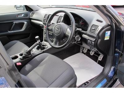 1オーナー車レガシィB42.0GTスペックB純正6速MTSIドライブが入庫しました。整備状態も良く上質なお車です。ぜひご検討ください。