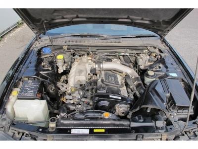 カタログ値RB25DETエンジン最高出力250ps(184kW)/6400rpm 最大トルク30.0kg・m(294.2N・m)/ になります。ターボ車をぜひ楽しんでください。