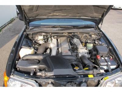 楽しい1JZエンジン型式1JZ−GTE 出力280ps(206kW)/6200rpm トルク38.5kg・m(377.6N・m)/2400rpm 種類水冷直列6気筒DOHC24バルブターボ