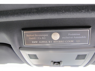正規ディーラーニコル物になります。アルピナコーションプレート101号車です。取説、新車保証書、スペアキー完備!!