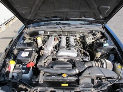 メーカーカタログ引用SR20DE 出力160ps(118kW)/6400rpm トルク19.2kg・m(188.3N・m)/4800rpm 種類水冷直列4気筒DOHC16バルブ
