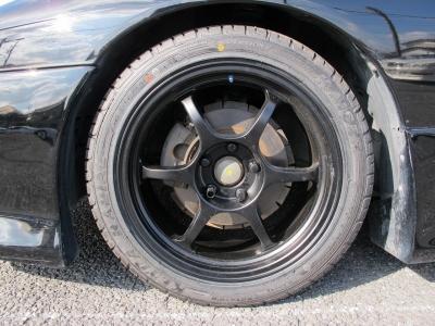 アドバンRGを艶消しブラックに塗装してNEWタイヤ装着しました。F225/45/17R235/45/17こちらも当店にてNEWタイヤ装着済みです。