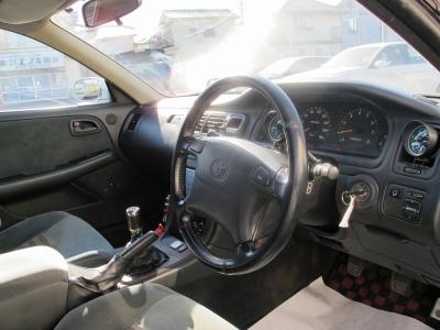 このまま乗るも良し、チューニングするも良しのお車です。お見逃しなく!!90ツアラーVツインターボの加速をぜひ楽しんでください。